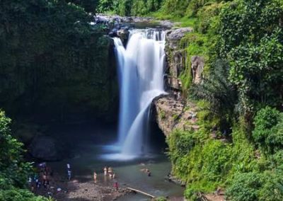 Bali Tegenungan Waterfall 120119