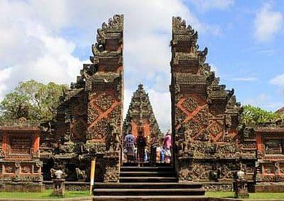 Puseh Batuan Temple - Gate 130119